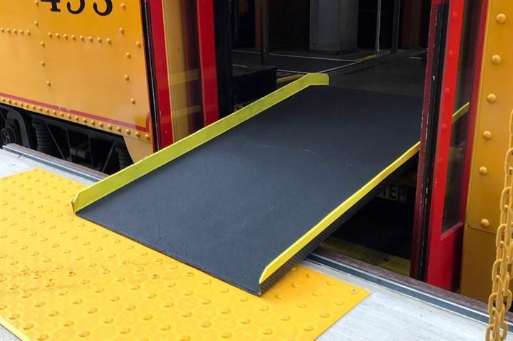 Rail trolley composite service ramp.