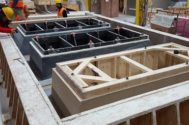 Additively manufactured molds for concrete facade fabrication