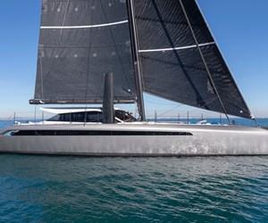 Hexcel carbon fiber composites in Gunboat