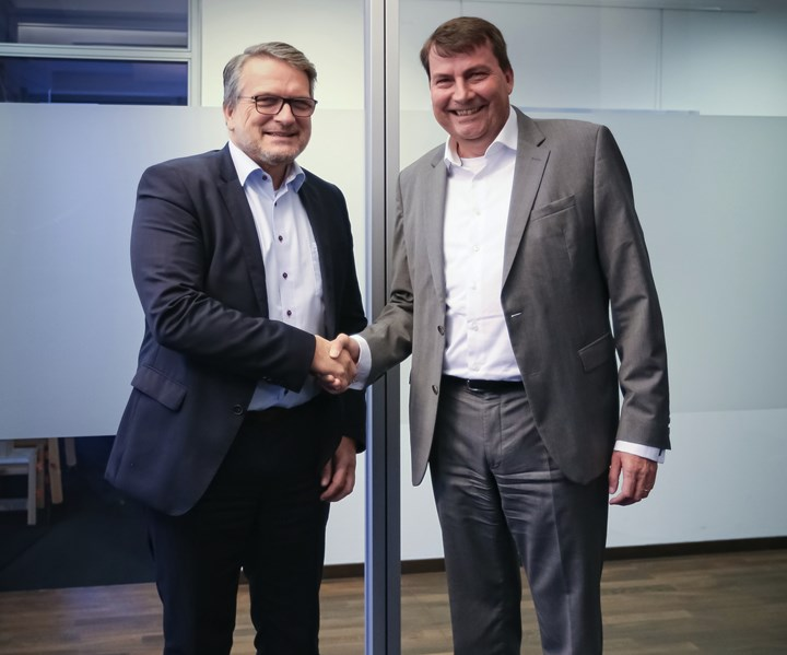Frimo Hennecke partnership for automobile plastic