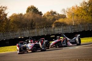 DuPont, Nissan e.dams Formula E team partner for advanced automotive electrification