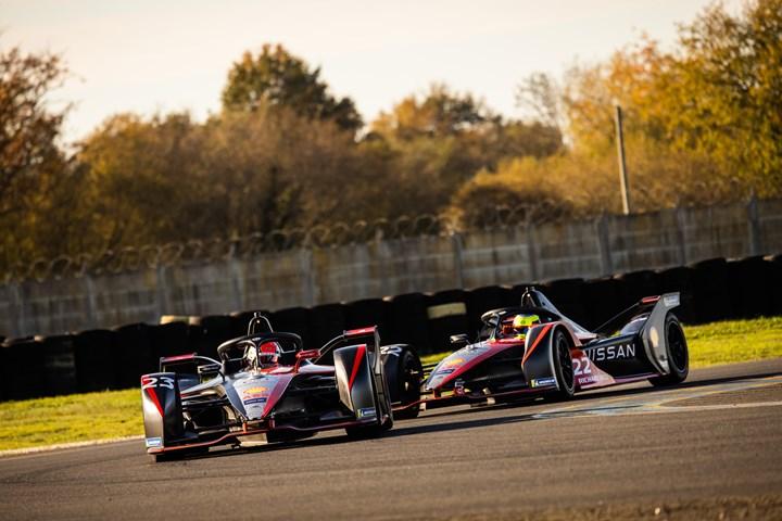 Dupont, Nissan e.dams Formula E collaboration.