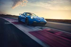 CFRP use expanded in Porsche 911 GT3
