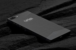 Carbon Mobile carbon fiber smartphone unlocksRF signal permeation capabilities