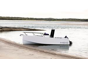 ATL Composite panel systems enableNoosa7 dynamic dayboat design