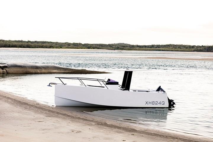 Noosa 7 dayboat.