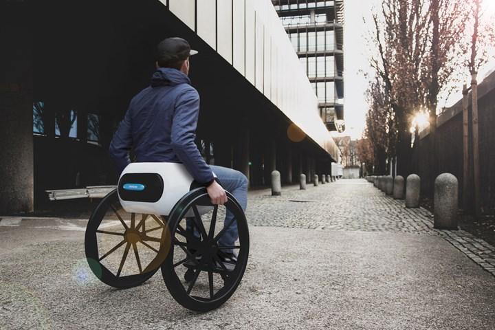 旋转空气轮椅。