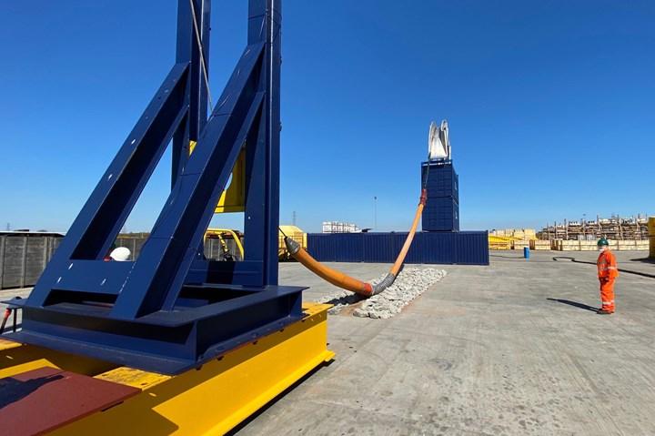 玻尔莫拉纤维电缆保护系统试验台。