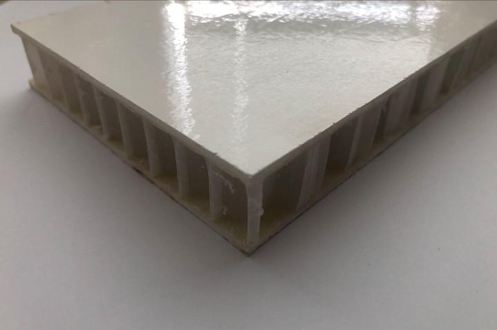 PP honeycomb core.