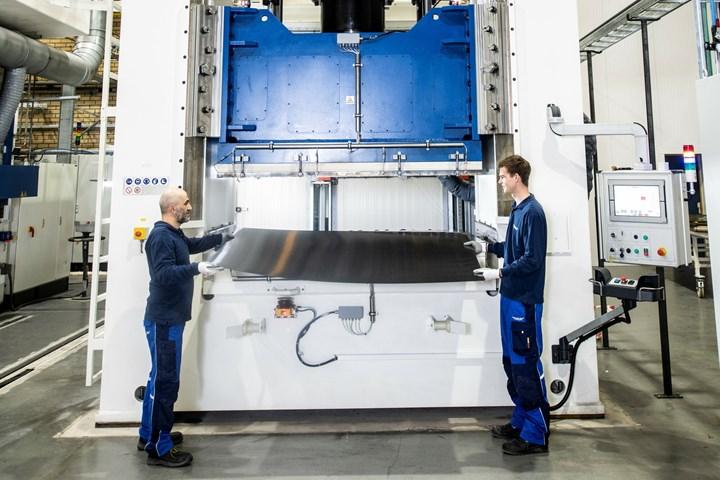 Toray Advanced Composites'high-heat laminate press.