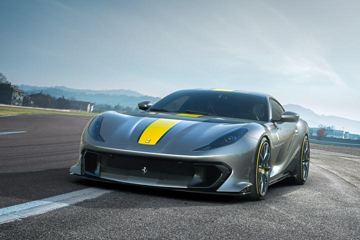 The Ferrari 812 Competizione makes extensive use of carbon fiber components.
