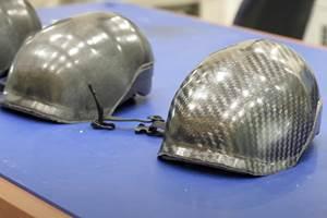 新加坡南洋理工大学,阿科玛公司使用伊利亚树脂制造碳纤维头盔