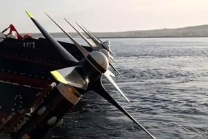 可持续船用碳纤维潮汐涡轮机转子通过加速寿命测试