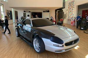 混合3D打印/加工中心,可定制车辆修复项目图像