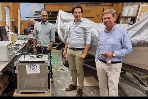 珀西·洛克的微波固化系统通过了测试