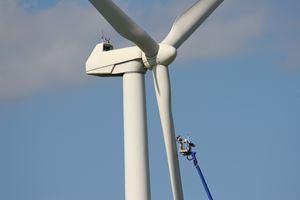 Curtiss-Wright and Dolphitech team up onpredictive wind turbine maintenance service