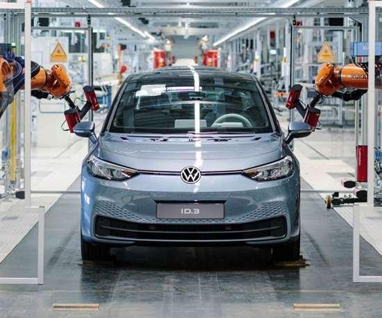 La Industrial Cloud, de Volkswagen AG, es una plataforma abierta para soluciones basadas en la nube con el objetivo de actualizar la producción, la logística y la gestión de la cadena de suministro.