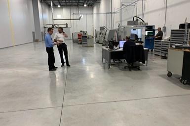 El creador y propietario de 3rd Dimension, Bob Markley, en el taller de 3rd Dimension Industrial 3D Printing.