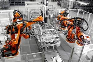 KUKA automatizará líneas de producción de Mercedes-Benz
