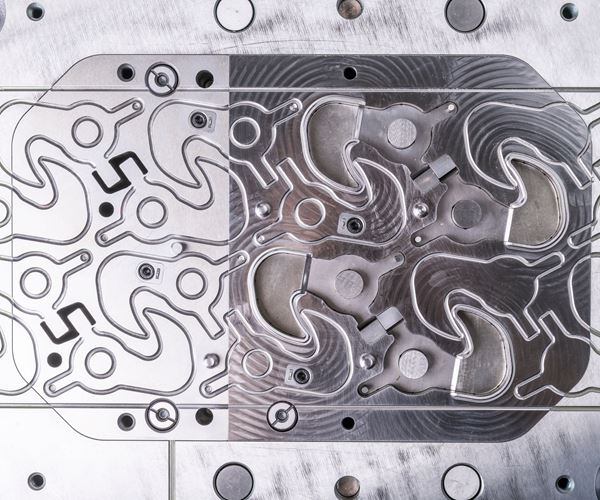 Hard Milling Replaces Hand Grinding in Finishing Die Components image