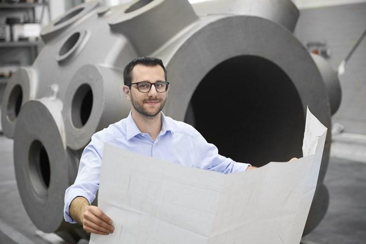 Simon Prell comenta que la precisión permanente, inusualmente alta, de la fresadora de pórtico, beneficia a su compañía en aplicaciones como el trabajo de reacondicionamiento.