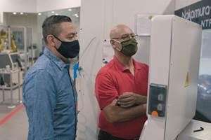 Wet Design realiza todos sus procesos en casa para optimizar la producción. Esprit ayuda a la empresa a lograr plazos ajustados en sus numerosas máquinas.