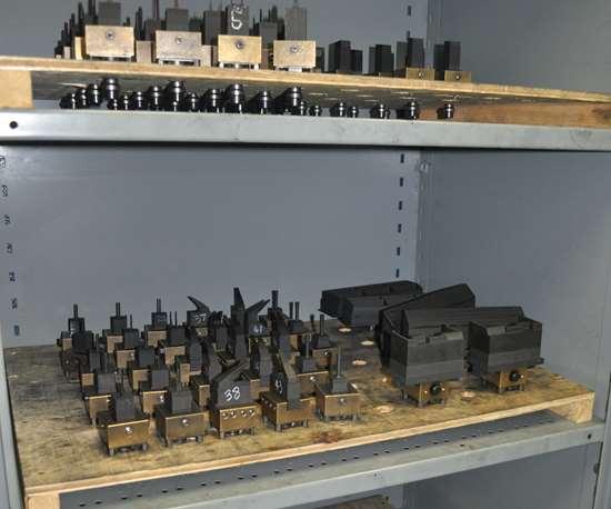 electrodes on shelf