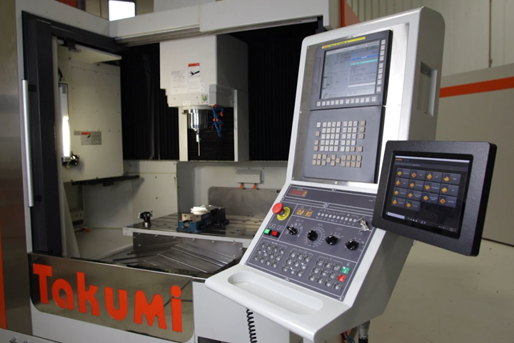 Takumi CNC machine integrated with Renishaw's Set and Inspect software