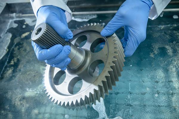 Vapor Degreasing: A Fresh Look at an Old Process image