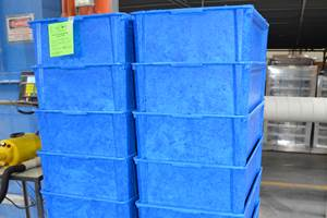 Ultra-Lite Totes 40% Lighter than Standard Fiberglass Containers