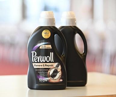 La botella Perwoll negra también se volverá completamente reciclable.