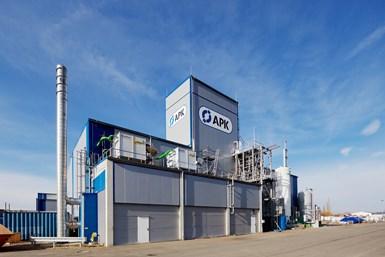En la planta deAPK AG en Merseburg, Alemania, se pueden fabricar hasta 8,000 toneladas de plástico reciclado por año utilizando el proceso Newcycling, junto con una intensa investigación y desarrollo.