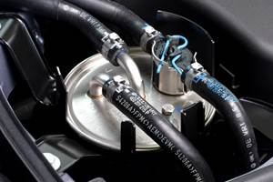 Manguera de combustible Veritas fabricada con Levapren de alta calidad de Arlanxeo.
