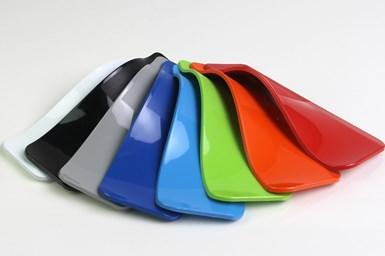 Los elastómeros termoplásticos Artisan son polímeros precoloreados de alto brillo resistentes a los arañazos que se utilizan como reemplazo de pintura. Crédito: Avient.