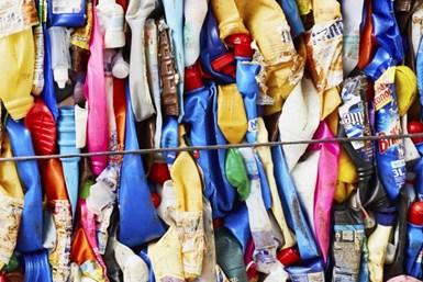 Unilever lidera diversas campañas de reciclaje de envases plásticos.