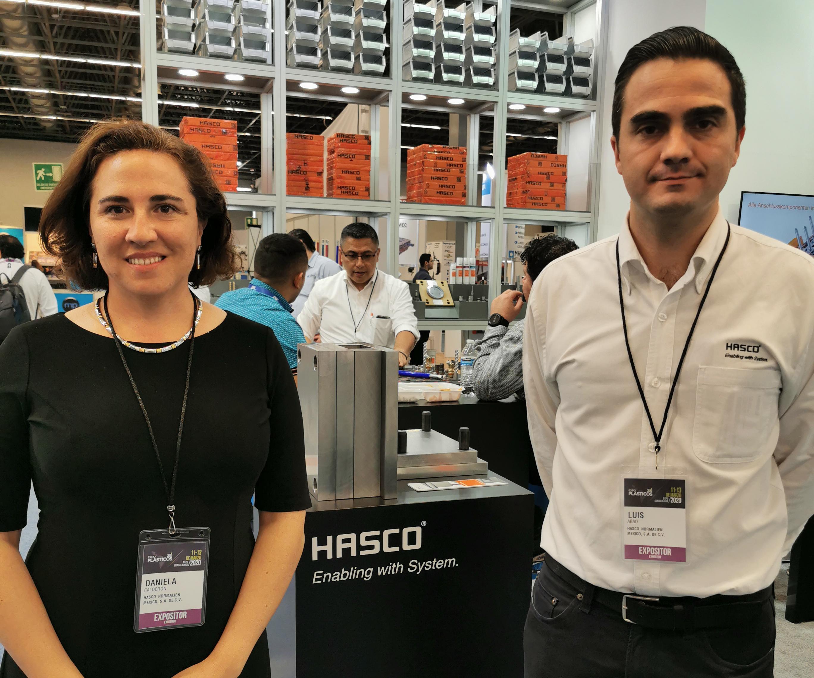 Daniela Calderón, General Manager de HASCO Normalien en México; y Luis Abad,Engeneering Manager de HASCO 