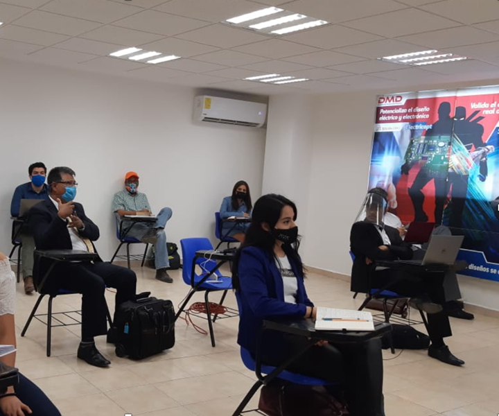 El IQH comenzó a ofrecer un formato híbrido:módulos teóricos de manera virtual y sesiones presenciales para prácticas, con todas las medidas de seguridad e higiene.