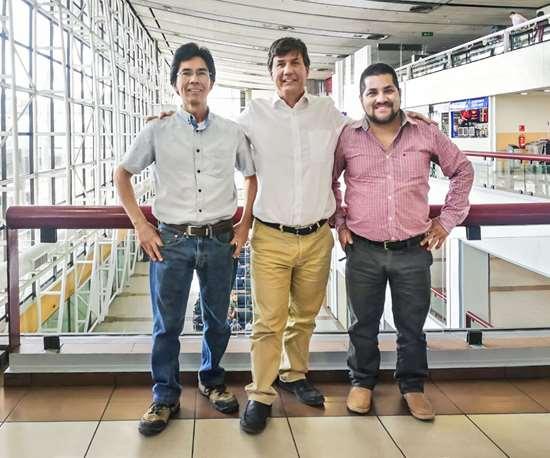 El equipo de Noblecorp en Chile: Osvaldo Caro (técnicas), Jean Paul Cohn (dirección), y Carlos Díaz (ventas).