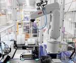 Robots ABB integrados en controles de máquina B&R.