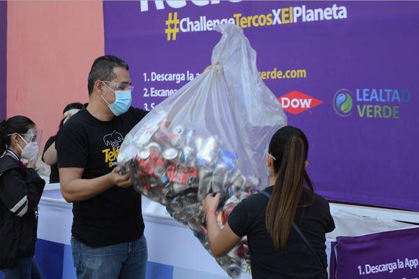 Economía circular y el reciclaje inclusivo para campaña de Teletón image