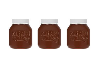 Los consumidores pueden comprar un frasco reutilizable de Nutella, especialmente diseñado, en las 10 tiendas piloto y en el sitio web de Carrefour por el que pagarán un depósito.