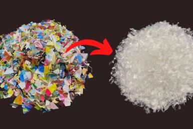 Los desechos de envases de plástico coloreados se destintan y se convierten en un material plástico reutilizable de alta calidad.