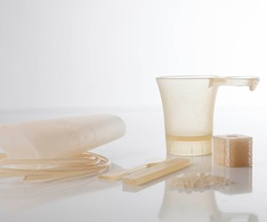 Plastic-Like Packaging Material Made from Completely Renewable Raw Materials
