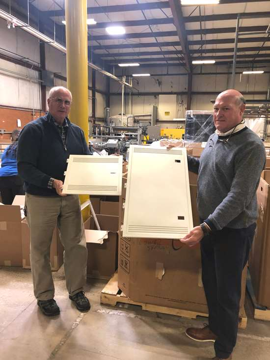 Captive Molder Seeks Bigger Footprint in Custom Business