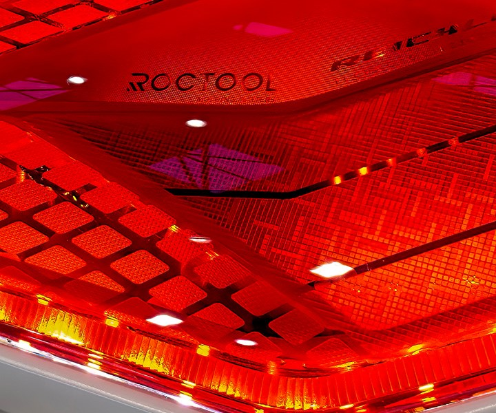 Roctoolshowed how its technology enhances replication of complex mold textures for automotive lenses.