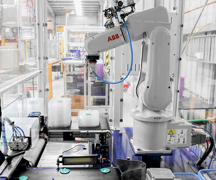 ABB robot control can now be integrated into injection and blow molding machines with B&R controls.