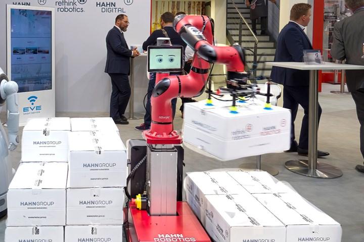 New Sawyer Black model from Rethink Robotics, introduced at K 2019.