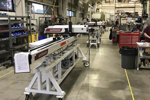 塑料发布机器人和注塑新安全标准