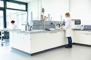 热成型机械专业公司Kiefel扩展其天然纤维专业技术
