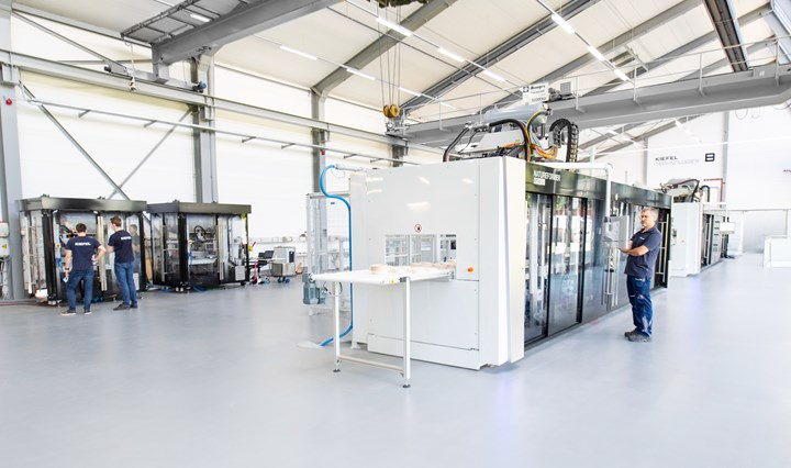 Kiefel thermoforming demonstration